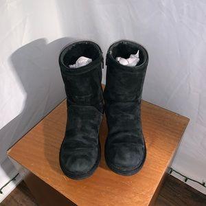 [UGG Australia] Rosslyn Black Suede Boots - Size 7
